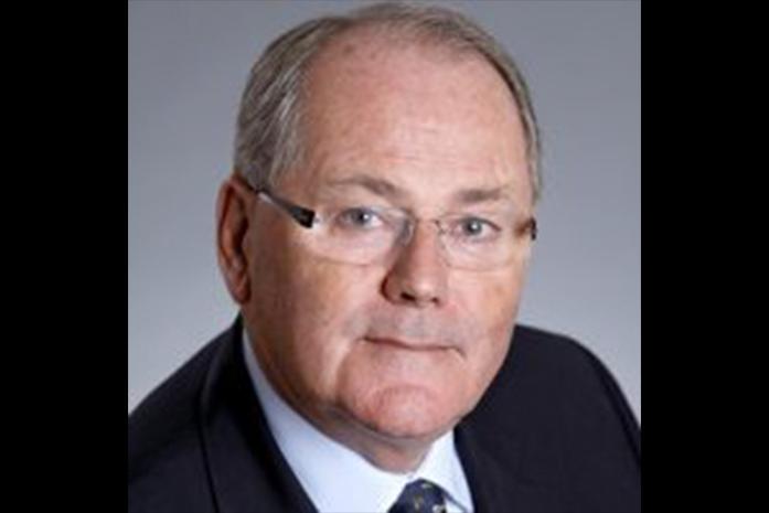 Headshot of Philip Warland